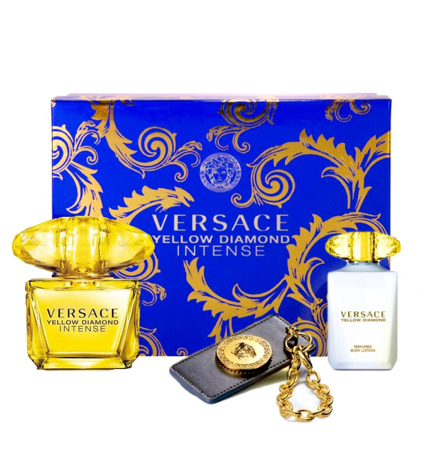 Versace Yellow Diamond Intense, Dárková sada, parfémovaná voda 90ml + tělové mléko 100ml + cestovní visačka, Dámska vôňa, + AKCE: dárek zdarma