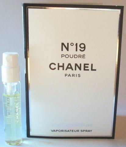 Chanel No.19 Poudre, Parfémovaná voda, 2ml, Dámska vôňa, + AKCE: dárek zdarma